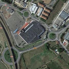 Urbanización entorno al Centro Comercial Eroski en Calahorra